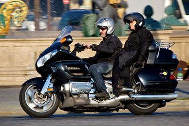 Optez pour le taxi moto à Paris, la meilleure méthode pour arriver toujours à l'heure