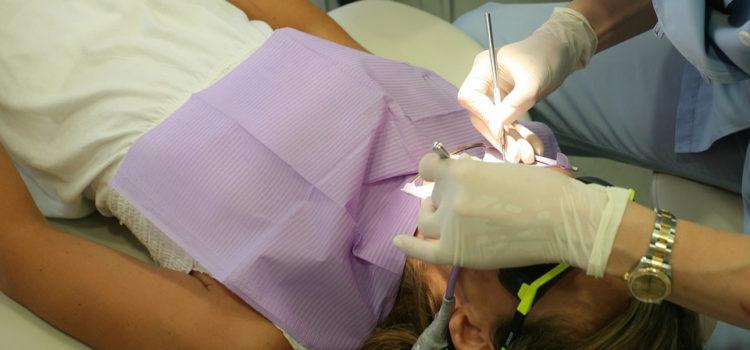Chirurgie parodontale : comment trouver la bonne adresse ?